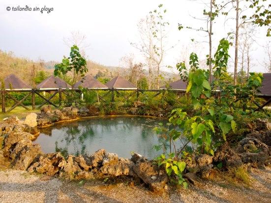 Hua Nam Nak Hot springs