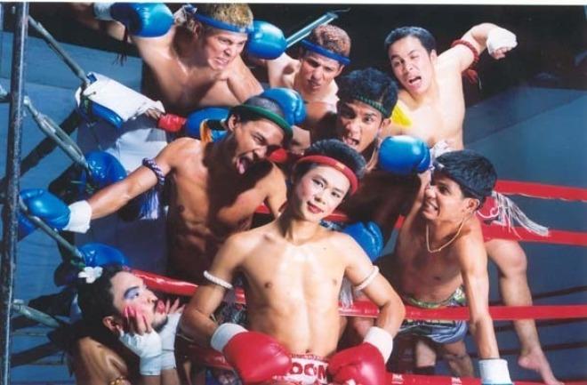 Nong Toom, el luchador transexual más famoso