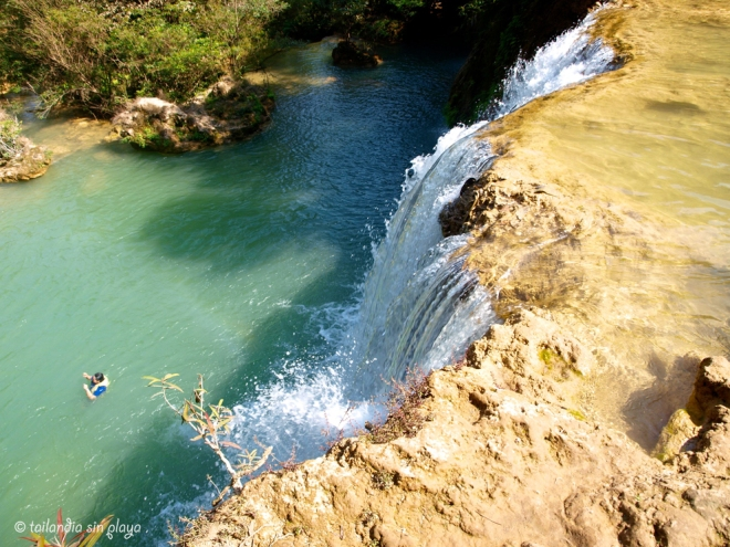 Salto de agua thilosu