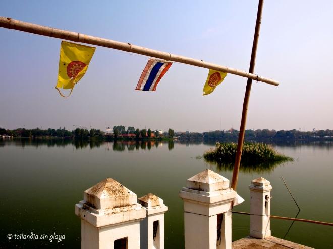 Lago Nakhon Kaen