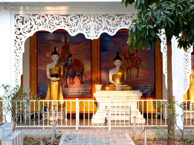 Budas en el templo blanco