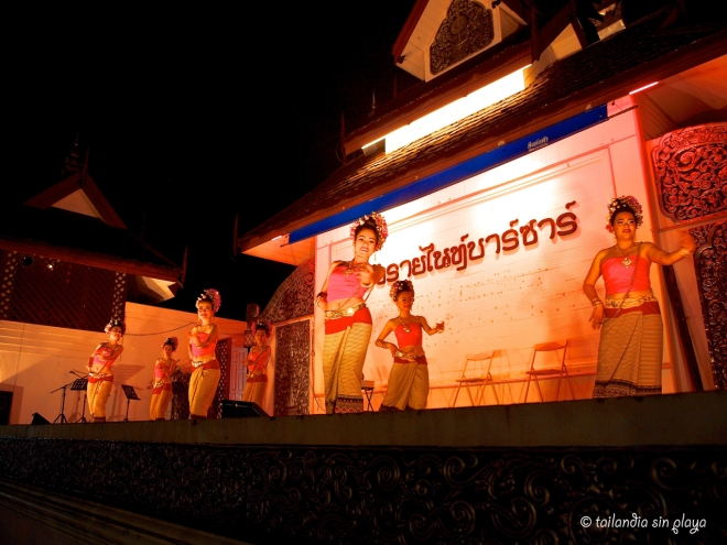 baile tailandes chiang rai